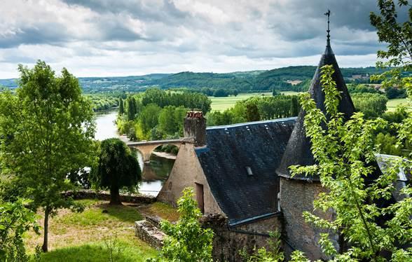 Limeuil, l'un des plus beaux villages de France, au confluent de la Dordogne et de la Vézère