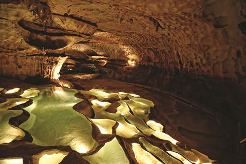 Grotte de St Marcel