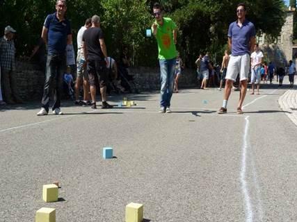 Fête votive et Championnat de boules carrées