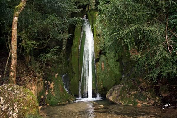 Cascades de Roquefort-les-cascades