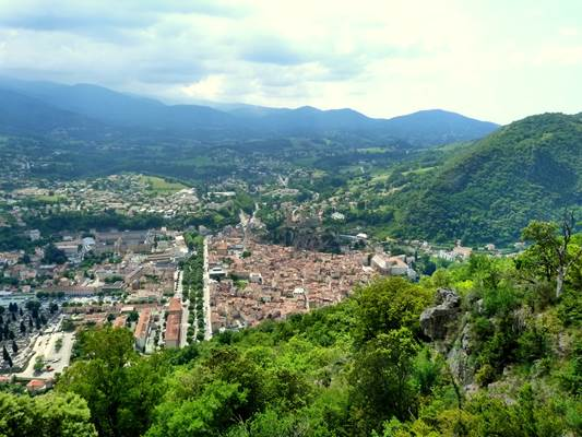 Foix depuis le sentier Cathare