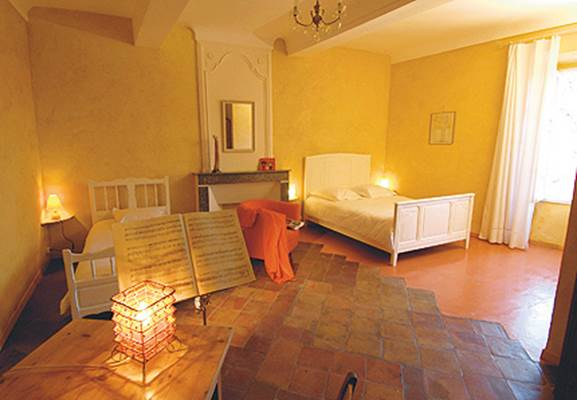 "Chambre d'hôtes ""Mas du Bouzigaud"" – CROS – location Gard"