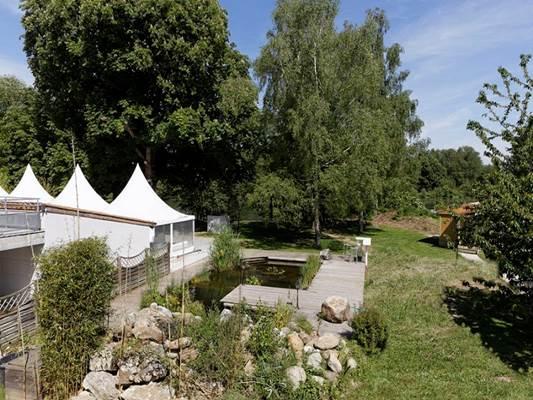 HÔTEL DU LAC - jardin, bassin