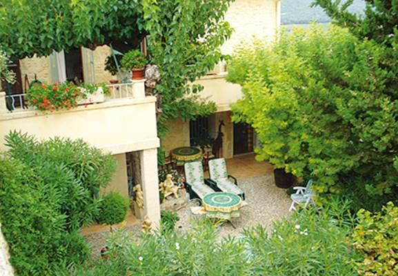 """Chambre d'hôtes """"Locastillon"""" – CASTILLON DU GARD – location Gard"""