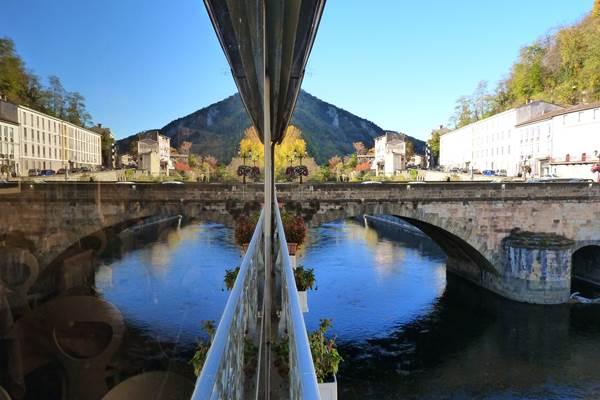 La véranda sur l'Ariège
