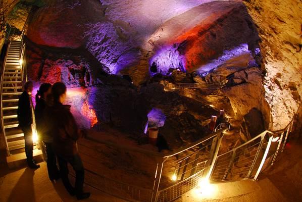 Grotte du Mas d'Azil - La visite - Scolaires et extrascolaires