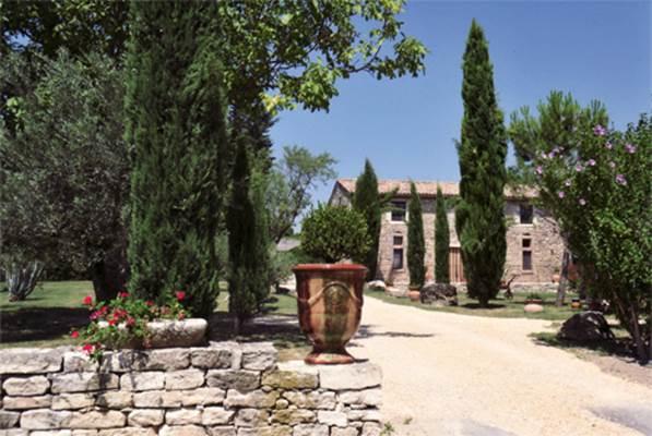 "Chambre d'hôtes ""La Grange de Mailhac"" – BARJAC – location Gard"