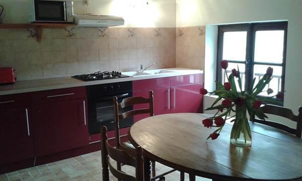 gîte Barguillere cuisine salon