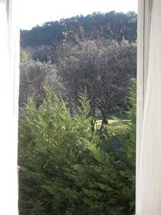 appart_1er_etage_chambre_a_coucher_vue_sur_la_montagne_cadabuech_5_