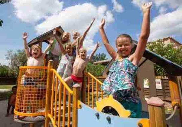 Camping les Amarines Jeux pour enfants