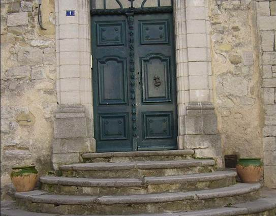 Tour de Pézène Porte