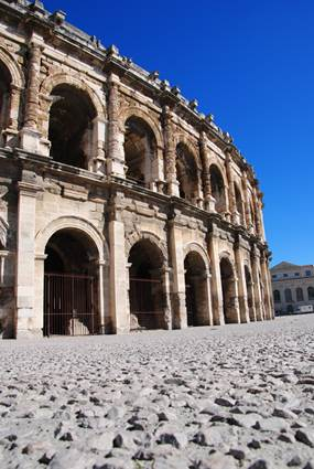 Aeènes de Nîmes