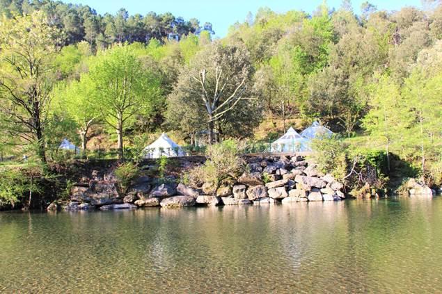 hébergements insolite vue rivière