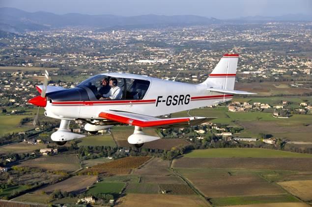 Aéroclub d'Alès et des Cévennes - Avion en vol - Deaux