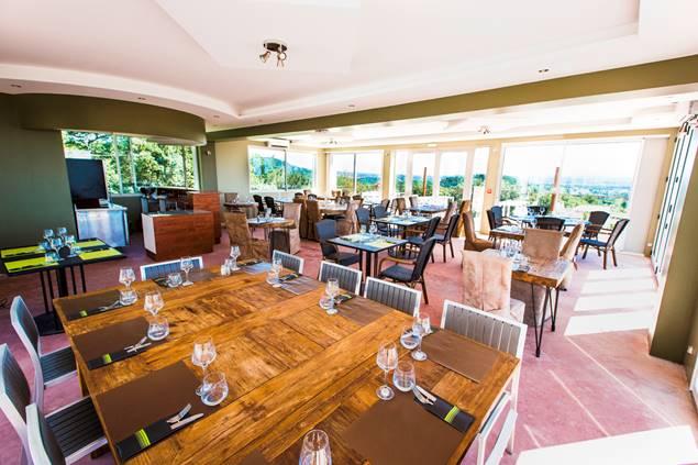 Domaine du Serre d'Avène Restaurant Le Mas