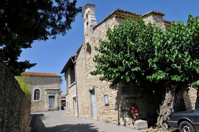 Saint-Cesaire-de-Gauzignan-Temple