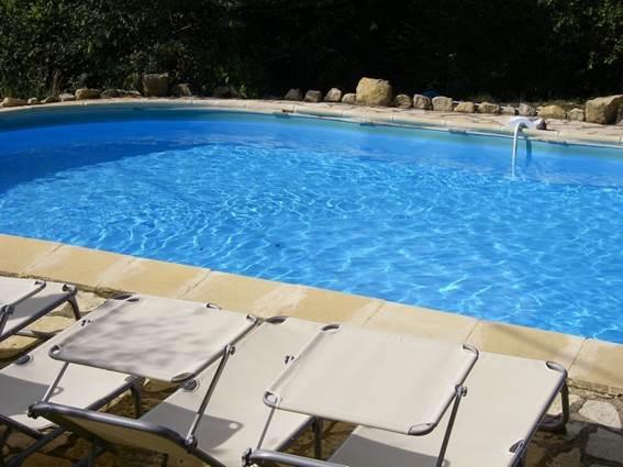 a_fil_de_soi_piscine_2_-_vezenobres_en_800