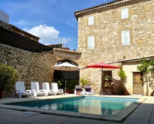 l_autre_maison_exterieur_et_piscine_800