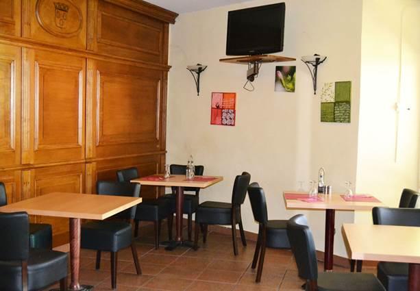 2012 hôtel DES SPORTS salle déjeuner