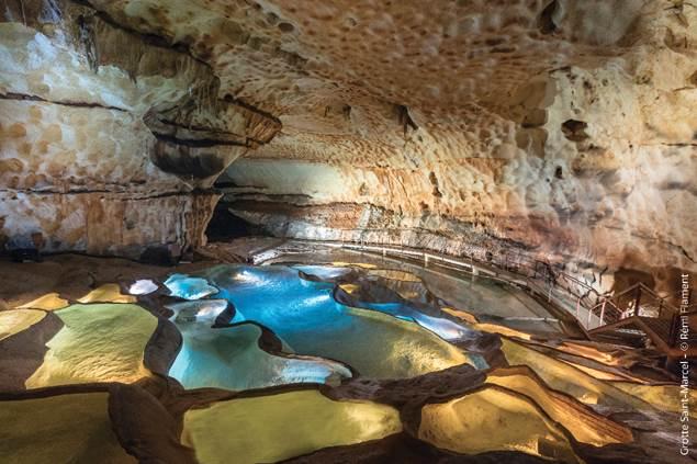 Grotte St Marcel - Cascade de gours ©Rémi Flament