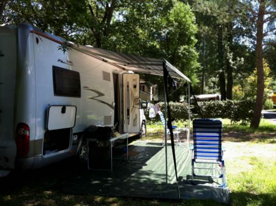 Camping-Domaine-de-Gaujac-33