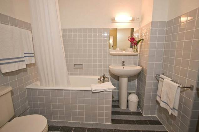 2012 ORLY Salle de bains
