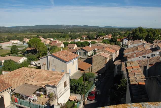 Lezan-toits-village-1