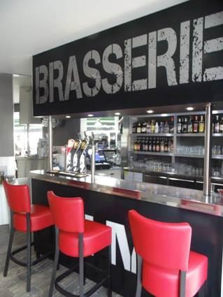 Brasserie De L'Hôtel de Ville Et Le 7eme Art ALES