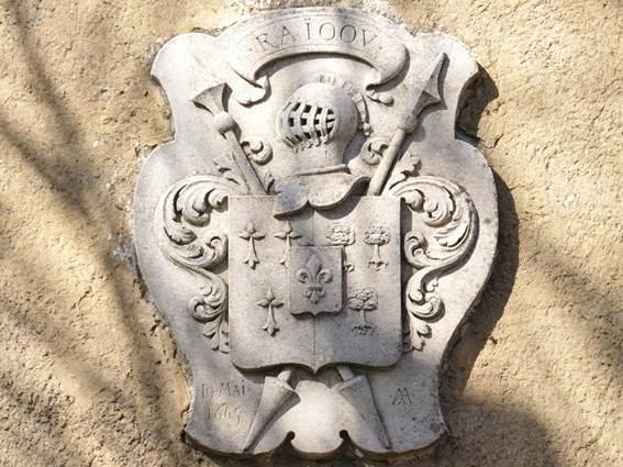 Soustelle-chateau-de-Peries-armoiries