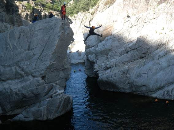 office des moniteurs du languedoc saut canyoning
