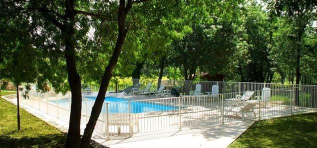 bastide de peyremale piscine