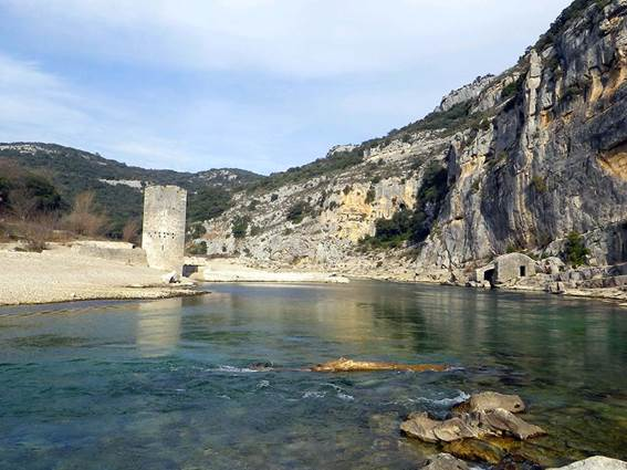 Les Gorges du Gardon- Escapades Nature Gard