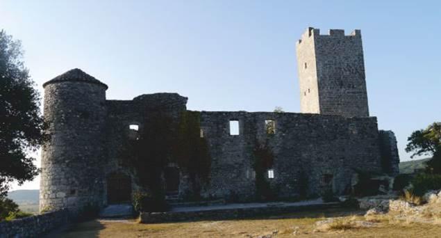 Tornac-chateau-2
