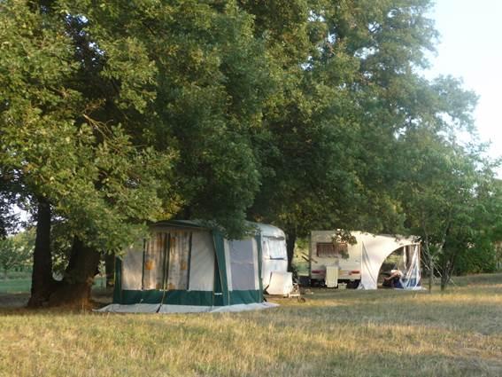 Mas Cauvy camping
