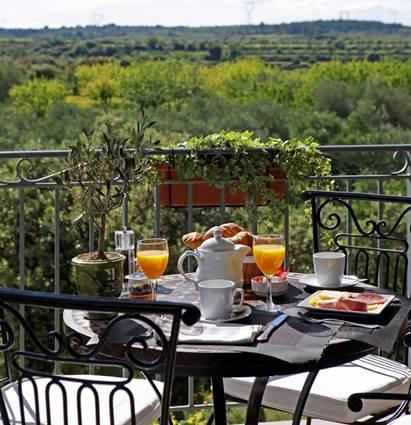 2012 LE GARDON Petit déjeuner