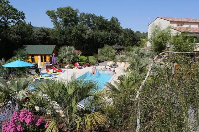 oasis de boisset piscine