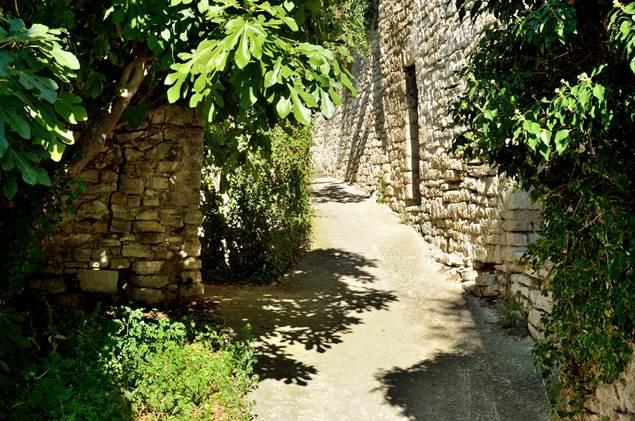 Vézénobres rue du portail de viterne