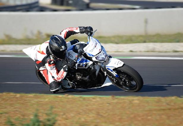 Journée de roulage pôle mécanique moto club