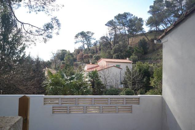 mas-saillan-gite-etape-ales-terrasse