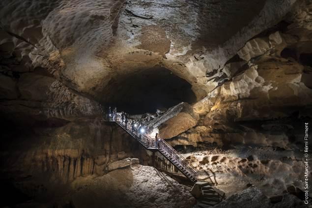 Grotte de Saint Marcel - Salle du Cirque_Balade des lucioles _©Rémi Flament