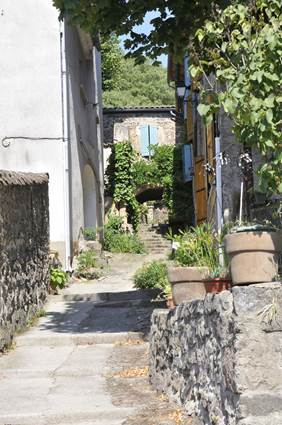 Thoiras-village-2.jpg