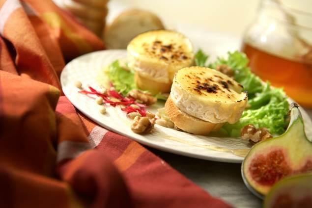 Salade de Pélardon aux airelles de l'Aigoual