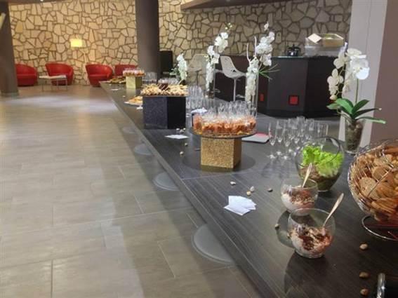 Restaurant Traiteur Le Marypol présentation buffet
