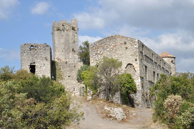 Les ruines des châteaux