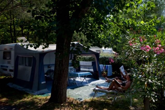 Camping-Domaine-de-Gaujac-12