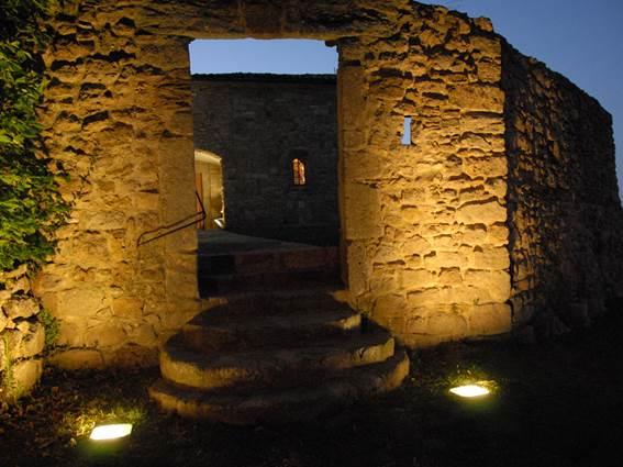 Sainte-Croix-de-Caderle-Temple-nuit