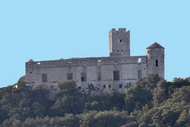 Tornac-chateau-1
