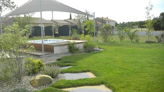 Le Royal Day Spa jardin extérieur