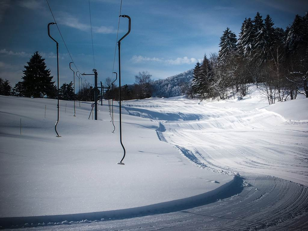 Les pistes de ski  situées en face des 4 saisons