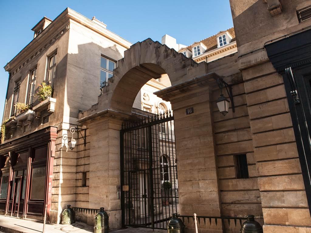 Entrance 16 rue du Parc Royal - Le Marais